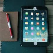 Tablet con app para aprender inglés